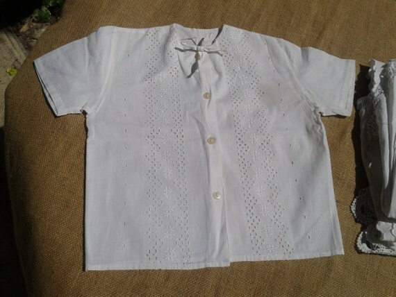 50's French Girl Blouse White Shirt Eyelet Front Flower Short Sleeves Cotton Made #sophieladydeparis