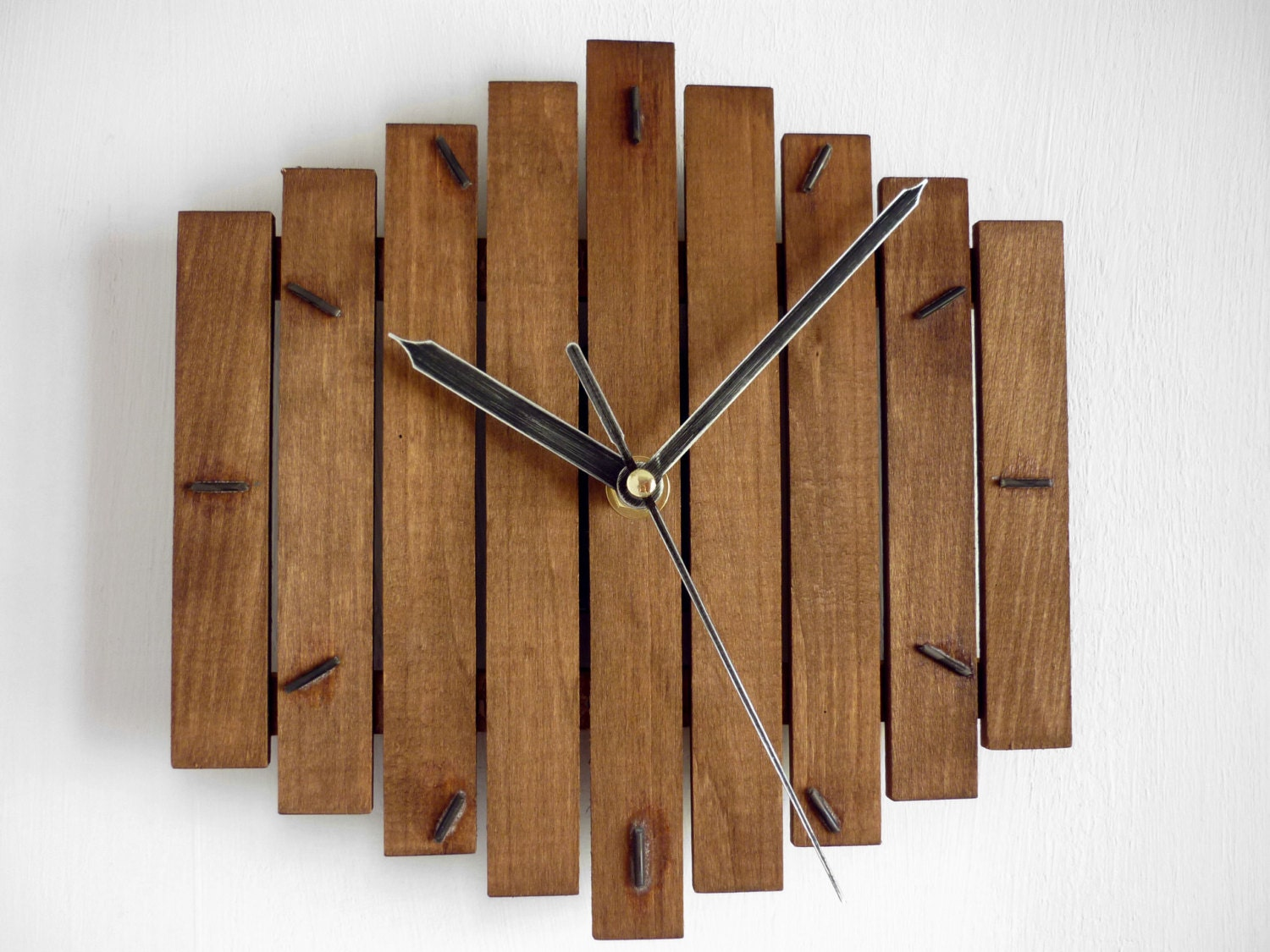 Woodworking Clocks With Simple Style | egorlin.com