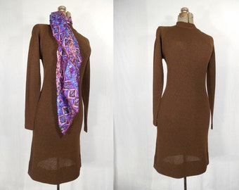 Vintage 1960s Dress / Plus Size Dress / 60s Midi Dress with Long Sleeves Brown XL