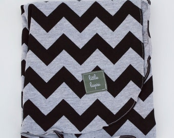 black and grey jersey knit zigzag swaddle blanket. Soothing blanket. receiving blanket.