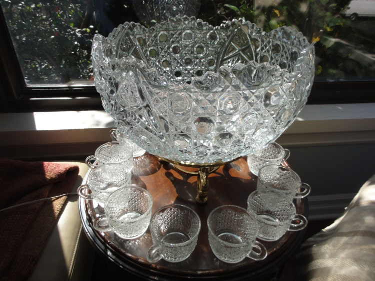 Vintage L E Smith Daisy And Button Punch Bowl By