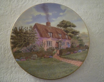 """ENGLISH COTTAGE Vintage Royal Doulton COLLECTOR Plate. Cottage Chic. """"Suffolk Cottage"""" Cottage Shabby Chic"""