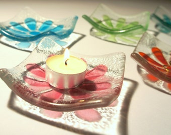 "2 Daisy Glass T-Bowl - Ring Dish, T-Light Bowl, Trinket - Daisy T-Bowl - Choose your colour, 6 colours available - 10cm / 4"" diameter"