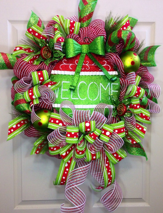 welcome christmas wreath on - photo #2