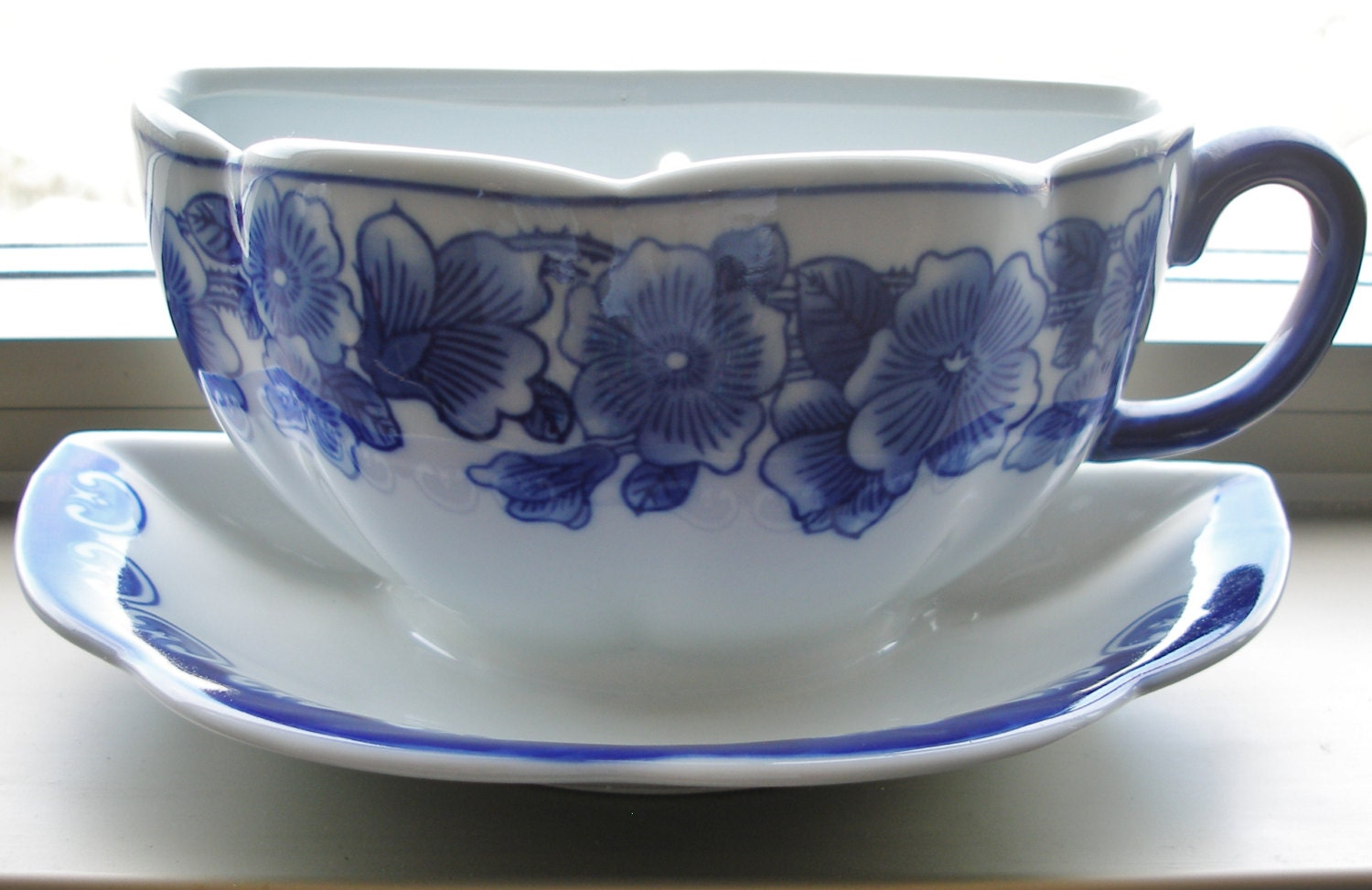 Large Coffee Cup Saucer Wall Pocket Planter