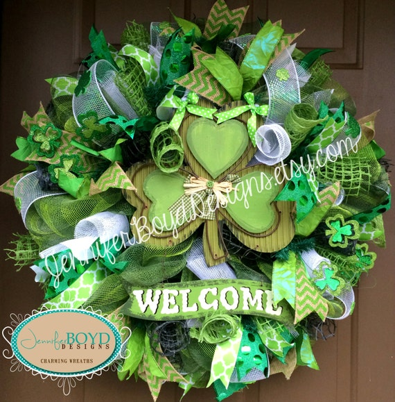 st patrick 39 s day welcome deco mesh wreath by jenniferboyddesigns. Black Bedroom Furniture Sets. Home Design Ideas
