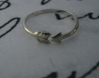 Arrow ring, Sterling silver ring, Arrow, Knuckle ring, Stack Ring, Toe ring, Adjustable, One Direction ring, One Direction