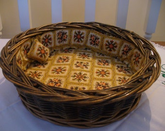 Vintage Wicker Sewing Basket