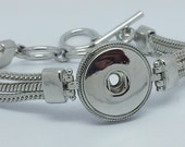 SNAP Style Jewelry SNAP Jewlery Silver Toggle Clasp Charm Bracelet