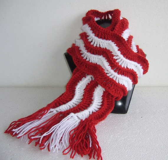 Crochet Scarf Red And White Christmas Ripple Pattern