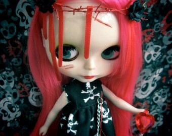 Blythe Gothic Punk Halloween Zombie bleeding heart Black skull Outfit