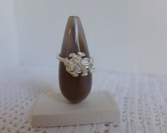 silver ring with hyacinths