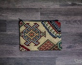 Handmade pouch with aztec/etnic print