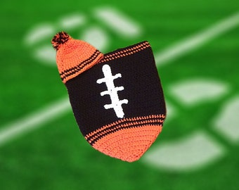 Cincinnati Fan Favorite Baby Football Cocoon & Hat (Newborn to 3 months)