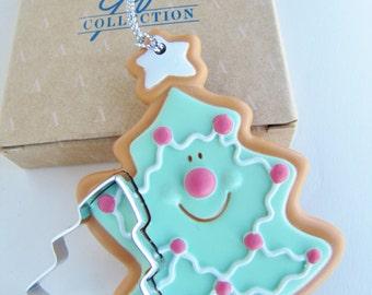 Avon Cookie Cutter Cuties Tree Ornament