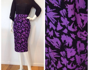 Vintage // 1980s ELECTRIC PURPLE a-line skirt // high waisted // perfect party style // Size 10 //
