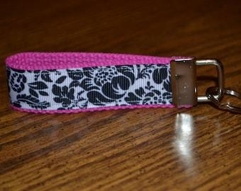 SALE! Pink Flower Pop Keychain