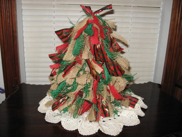 Item details for Burlap ribbon on tree