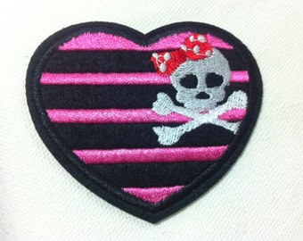 Cutie Heart Shaped Skull Pink Black Red (7.5 x 6.5 cm) Embroidered Applique Iron on Cool Patch (B)