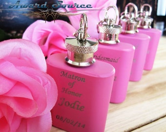 1 Bridesmaids Gift Flask // Personalized Flasks // Set of 1 // Bridesmaid Wedding Thank You Gift // Bachlorette Party Flasks