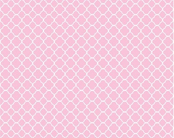 Light pink quatrefoil craft  vinyl sheet - HTV or Adhesive Vinyl -  pink and white pattern vinyl HTV559
