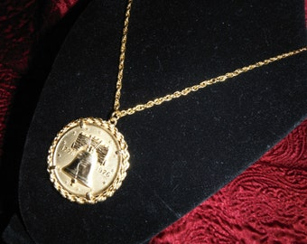 Original Heritage Collection Bicentennial Coin Necklace Authentically Minted