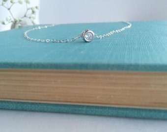 Solitude • Round CZ stone in sterling silver setting and chain