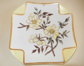 ANTIQUE ROSE PLATE