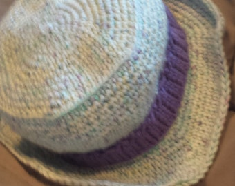 Super Soft Spring Hat w/purple band