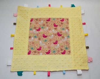 Happy Birds Yellow framed tag blanket