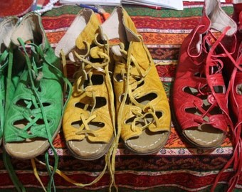 Turkish Yemeni Organic Hand Made Genuine Leather Shoes  1 pair green , yellow, red 34 to 47