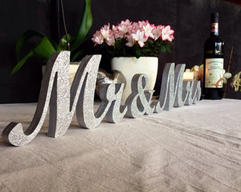 GOLD Mr. & Mrs. letters wedding table decoration freestanding