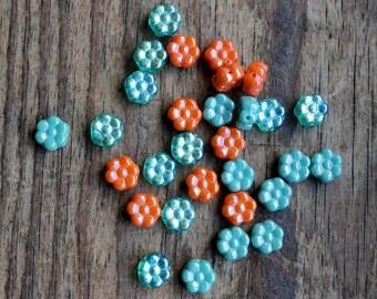 30 8mml AB Flower Beads Mix