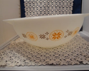 Vintage 4Qt. #444 Town And Country Pyrex Large Mixing Bowl