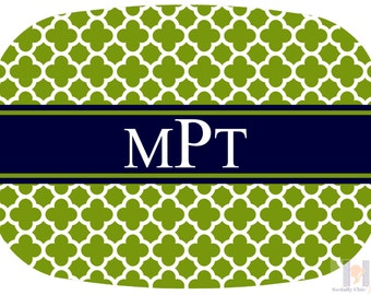 Modern green, white and navy quatrefoil monogrammed platter.  The perfect gift- entertain with style! Dishwasher safe! Custom gifts!!