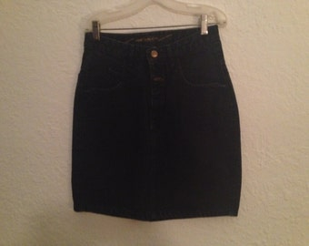 1980s Marithe francois Girbaud  dark vintage denim skirt.