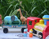 Vintage 70s Fisher Price Circus Train With Animals and Little People Play Family #991 Pretend Play Preschool Playset