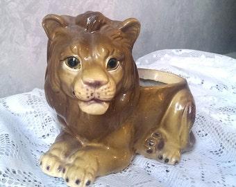Handmade Vintage Ceramic Lion Planter 1976