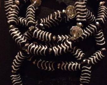 ON SALE-Black&White Africanbeads bracelets