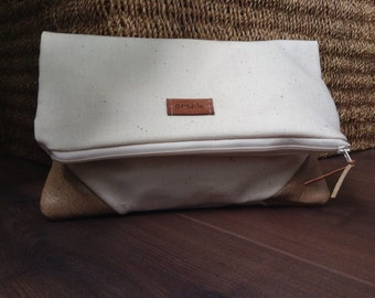 Fold over zipper cluth