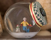 Snow Buddies, Vintage Style Christmas Water Filled Snow Globe - Whachamadoodles