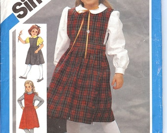 Simplicity 6557  Chlids Jumper and Blouse   ID187