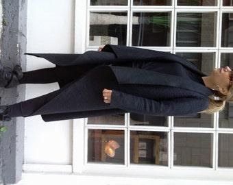 Black Elegant Stylish Cardigan / Extravagant Asymmetric Cardigan / Loose Top / Plus Size Vest
