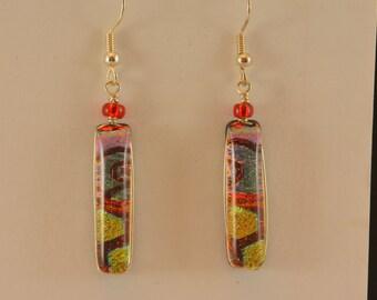 Dangly glass earrings mimicking a wandering road