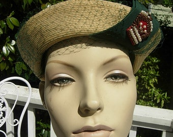 Gorgeous Straw 1930s Summer Hat with Green Rayon Band and Beading
