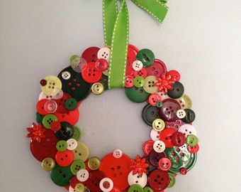 Bright Holiday Button Wreath