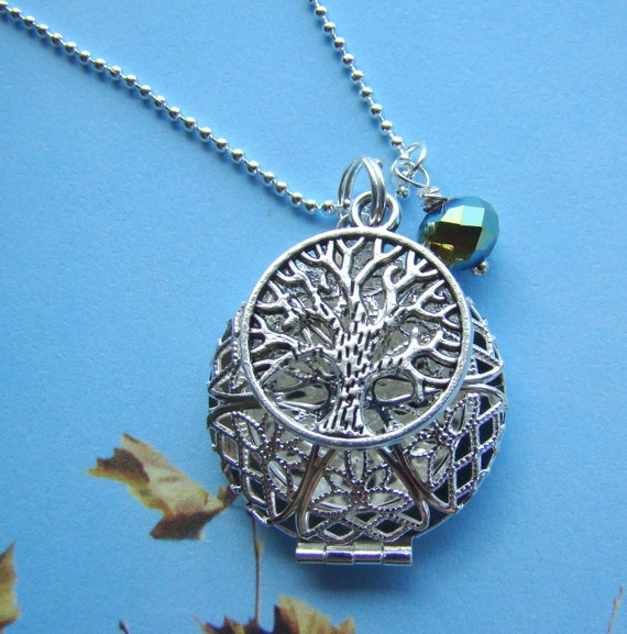 Tree of Life Essential Oil Diffuser Necklace, Aroma Therapy Necklace