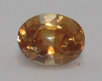 Natural spinel - 1.00 carat, oval cut (6 x 4.5 x 3 mm), loose gemstone ethically sourced from Sri Lanka