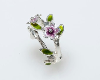 Flower Ring, Enamel Ring,Floral Ring,Natural Inspired,Botanical Jewelry, Gift for Mom, Floral Jewelry, Spring Jewelry,Purple Enamel