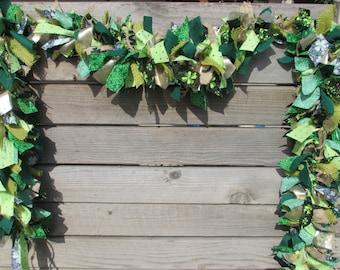 6' St. Patricks Day Garland- St. Patrick's Day Fabric Garland- Green and Gold Garland- St. Patricks Day Decor- Shamrock Garland- Fabric Swag